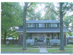 Photo of 1317 Pine Street, Highland, IL 62249-2110 (MLS # 19084127)