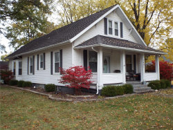 Photo of 1491 Clinton Street, Carlyle, IL 62231-1305 (MLS # 19084417)