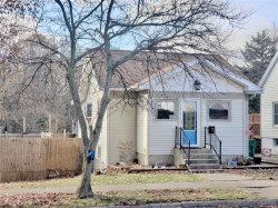 Photo of 550 South Oak Street, Hillsboro, IL 62049-1414 (MLS # 19086181)
