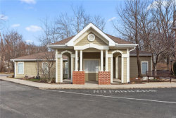 Photo of 2728 Mcknight Crossing Ct, Webster Groves, MO 63124 (MLS # 20001733)