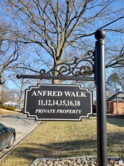 Photo of 18 Anfred Walk, University City, MO 63132-4902 (MLS # 20005744)