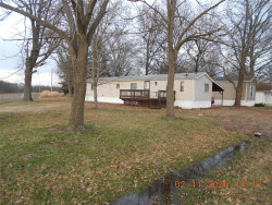 Photo of 18803 Lakeshore, Carlyle, IL 62231 (MLS # 20008778)