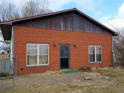 Photo of 1700 Klar Avenue, Hillsboro, IL 62049 (MLS # 20013240)