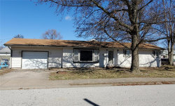Photo of 430 South 7th, Wood River, IL 62095-2339 (MLS # 20014902)