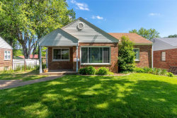 Photo of 7319 South Yorkshire, St Louis, MO 63123-2111 (MLS # 20036678)