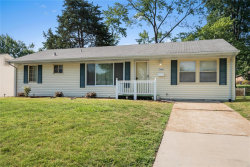 Photo of 7442 Brightwood Dr, St Louis, MO 63123-2123 (MLS # 20048156)