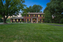 Photo of 117 Carriage Square Drive, St Louis, MO 63141-8305 (MLS # 20048239)