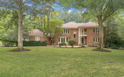 Photo of 98 Meadowbrook Country Club Est, Ballwin, MO 63011-1601 (MLS # 20052650)