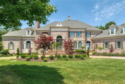 Photo of 1103 Highland Pointe Drive, Town and Country, MO 63131-1420 (MLS # 20065263)