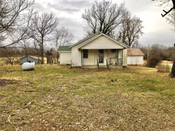 Photo of 26714 Highway O, Lebanon, MO 65536 (MLS # 20066970)