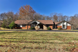 Photo of 75 Meadowbrook Country Club, Ballwin, MO 63011-1697 (MLS # 20076076)