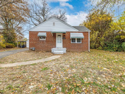 Photo of 206 Circle, Collinsville, IL 62234-1316 (MLS # 20082583)