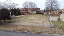 Photo of 15 Wexford Grn, Maryville, IL 62062 (MLS # 20010432)
