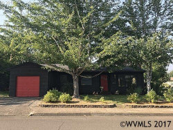 Photo of 311 NW 12th St, McMinnville, OR 97128 (MLS # 722236)