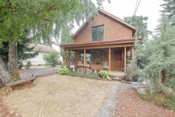 Photo of 208 Central St, Silverton, OR 97381 (MLS # 723925)