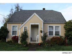 Photo of 789 Hall St, Woodburn, OR 97071 (MLS # 727293)