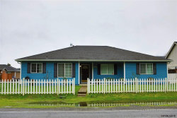 Photo of 870 Main St, Jefferson, OR 97352 (MLS # 731179)