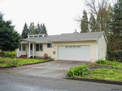 Photo of 900 E Lincoln St, Woodburn, OR 97071 (MLS # 732204)