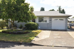 Photo of 1932 Country Club Rd, Woodburn, OR 97071-2344 (MLS # 734888)