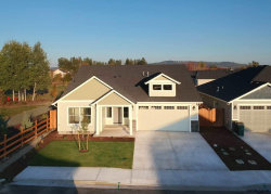 Photo of 899 Covey Run St, Independence, OR 97351 (MLS # 737094)