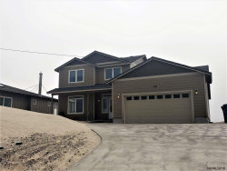 Photo of 26 NW Oceania Dr, Waldport, OR 97374 (MLS # 737162)