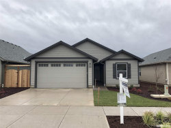 Photo of 1665 SE Osoberry St, Dallas, OR 97338 (MLS # 737759)