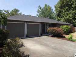 Photo of 4116 Clay Pl SE, Albany, OR 97322 (MLS # 737939)