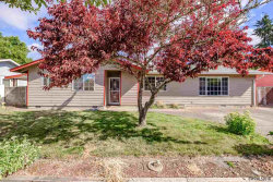 Photo of 625 35th Av SE, Albany, OR 97322 (MLS # 737960)