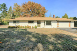 Photo of 1130 SW Bridlewood Dr, Dallas, OR 97338 (MLS # 738611)