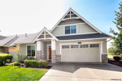 Photo of 530 Troon Av, Woodburn, OR 97071 (MLS # 738796)
