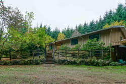 Photo of 8150 NW Mitchell Dr, Corvallis, OR 97330 (MLS # 741442)