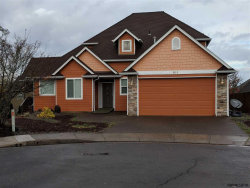 Photo of 911 Dalke Ridge Ct, Salem, OR 97068 (MLS # 742481)