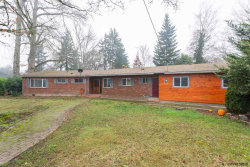Photo of 1110 W Hayes St, Woodburn, OR 97071 (MLS # 742724)