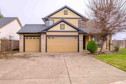 Photo of 540 SE Syron St, Dallas, OR 97338 (MLS # 743105)