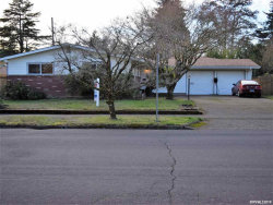 Photo of 1110 NW Dixon St, Corvallis, OR 97330 (MLS # 743198)
