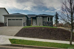 Photo of 509 East View Ln, Silverton, OR 97381 (MLS # 743330)