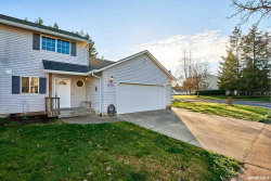 Photo of 810 NE Ashby Ct, McMinnville, OR 97128 (MLS # 744629)
