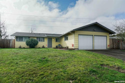 Photo of 654 38th SE, Albany, OR 97322 (MLS # 744878)