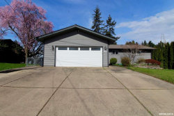 Photo of 841 Stark St, Woodburn, OR 97071 (MLS # 746496)