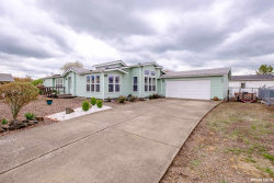 Photo of 293 Empire Ct SE, Albany, OR 97322-6577 (MLS # 747655)