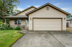 Photo of 1035 Ridgefield Ct, Stayton, OR 97383 (MLS # 749161)