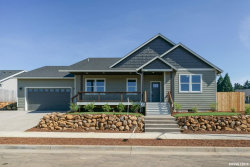 Photo of 1024 Jaysie Dr, Silverton, OR 97381 (MLS # 750202)