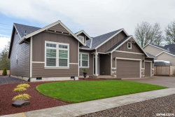 Photo of 2813 Sonora Dr NE, Albany, OR 97321 (MLS # 750341)