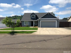 Photo of 909 Riley Dr, Silverton, OR 97381 (MLS # 751052)
