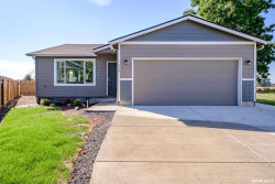Photo of 779 S Sunrise Dr, Jefferson, OR 97352-9241 (MLS # 751164)