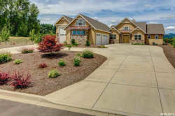 Photo of 2025 SW Sailing Ct, McMinnville, OR 97128 (MLS # 752314)