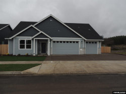Photo of 805 Riley Dr, Silverton, OR 97381 (MLS # 752837)