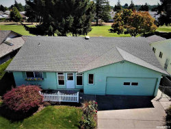 Photo of 428 S Columbia Dr, Woodburn, OR 97071 (MLS # 753311)