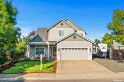 Photo of 323 SW Bell Dr, Dallas, OR 97338 (MLS # 753416)