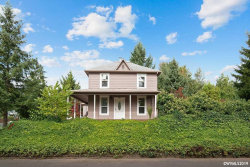 Photo of 476 SW Maple St, Dallas, OR 97338 (MLS # 753447)
